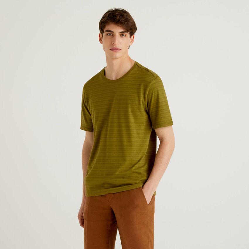 T-shirt a righe in misto lino
