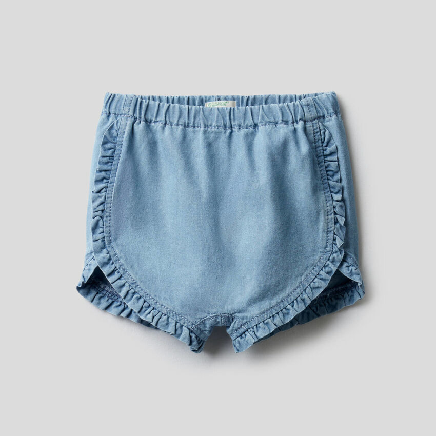 Shorts con rouches