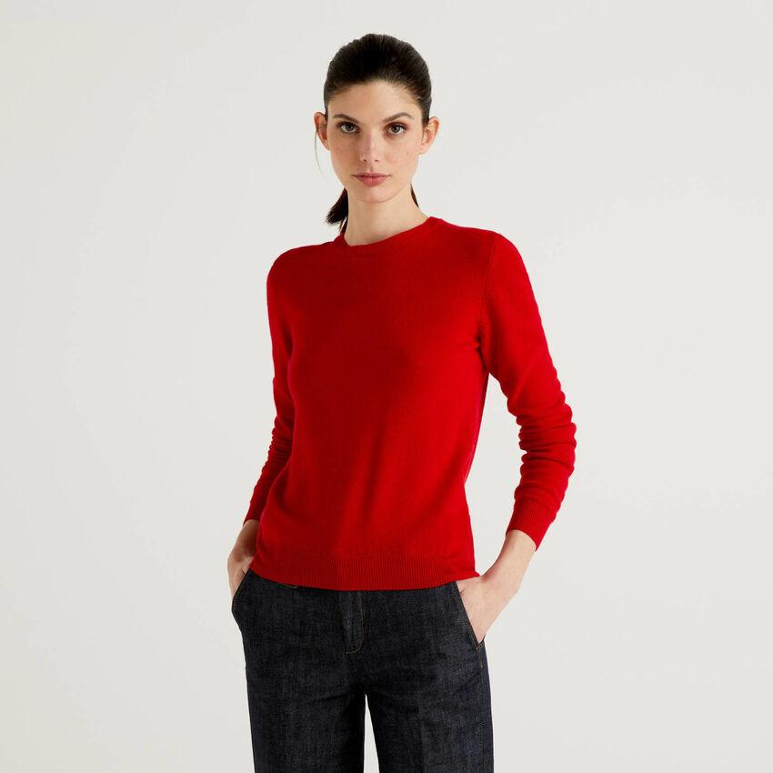 Maglia girocollo in pura lana vergine