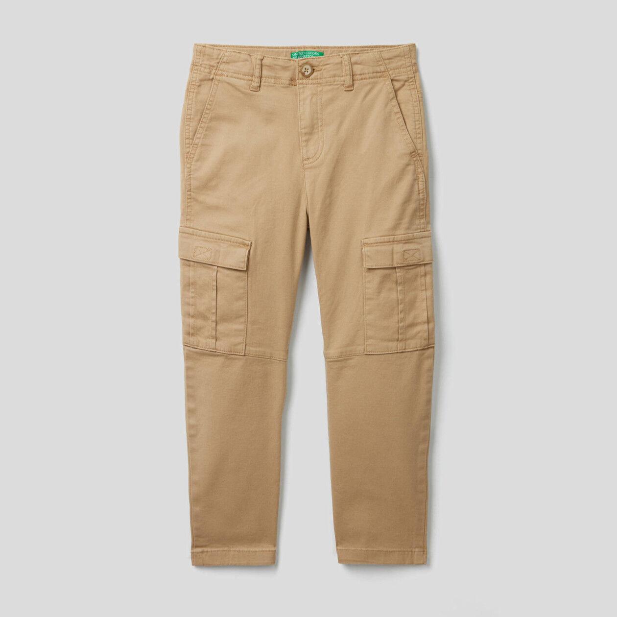 Pantaloni cargo in cotone elasticizzato
