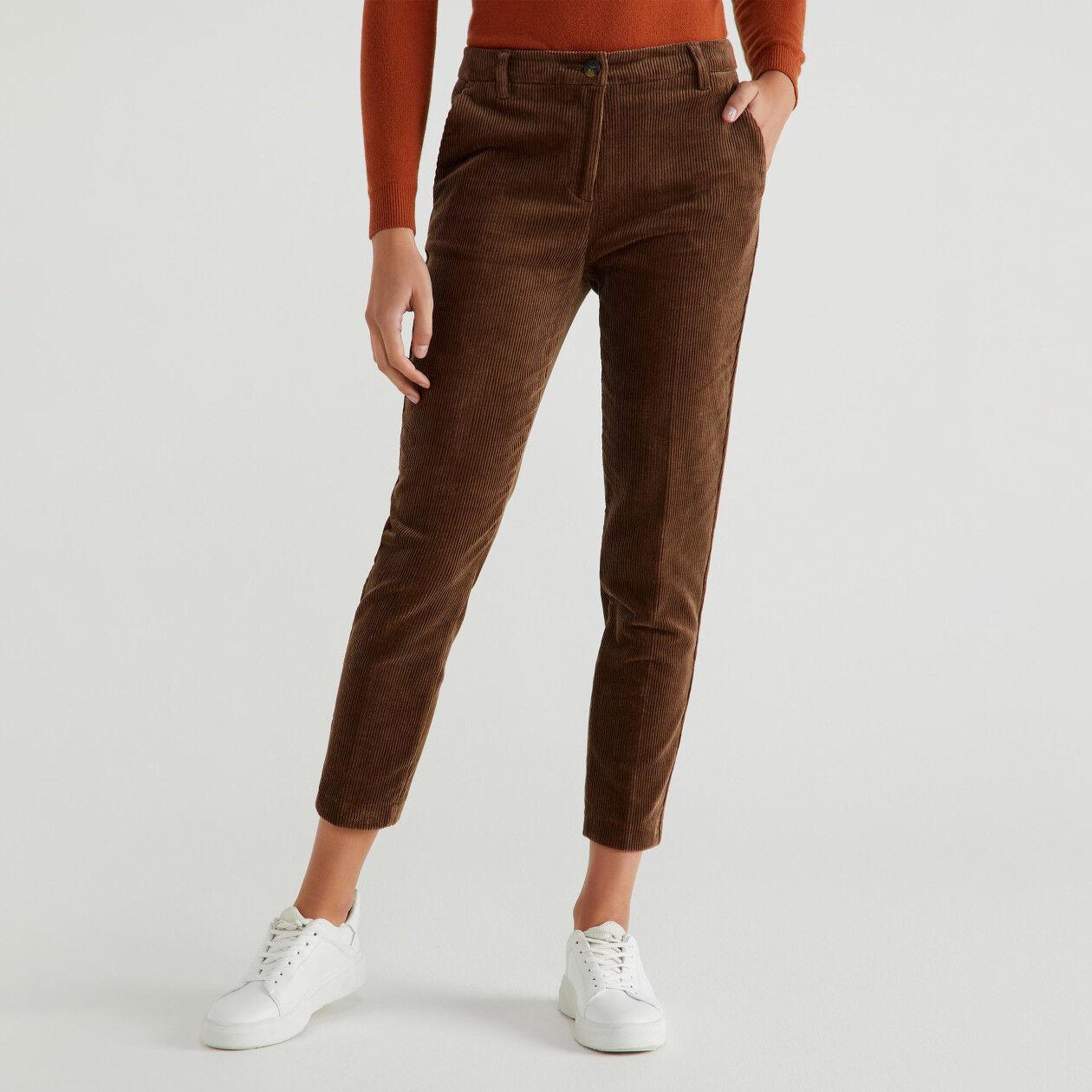Pantaloni elasticizzati di velluto