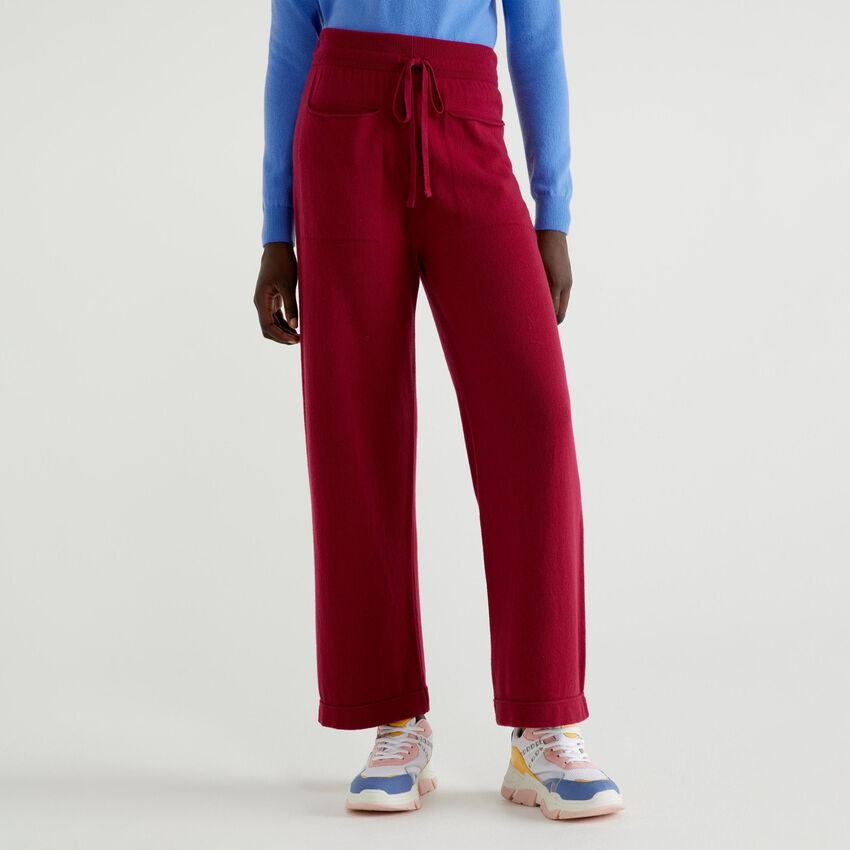 Pantaloni in maglia con tasche