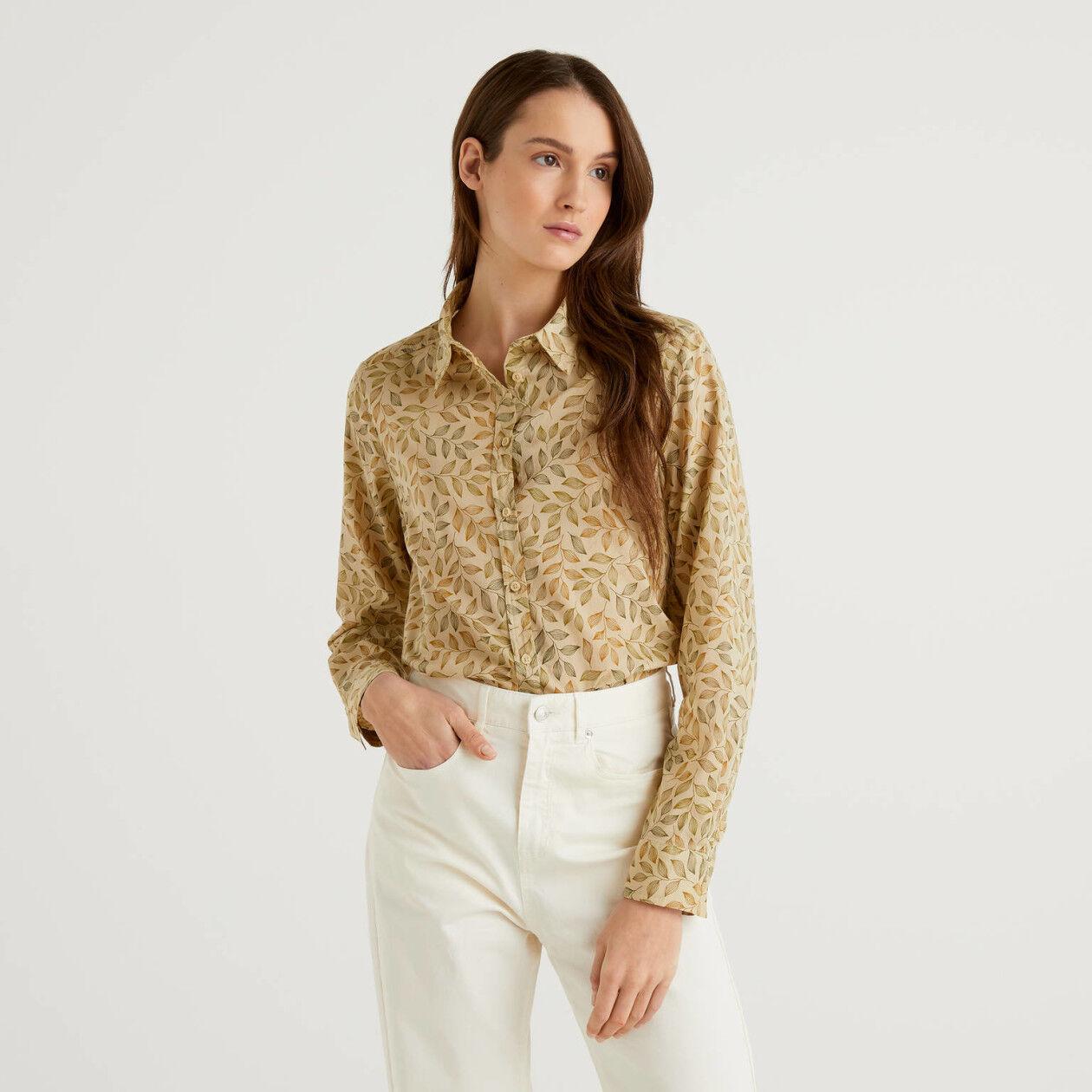 Camicia beige con stampa botanica 100% cotone
