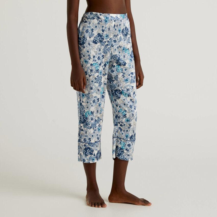 Pantaloni cropped in raso
