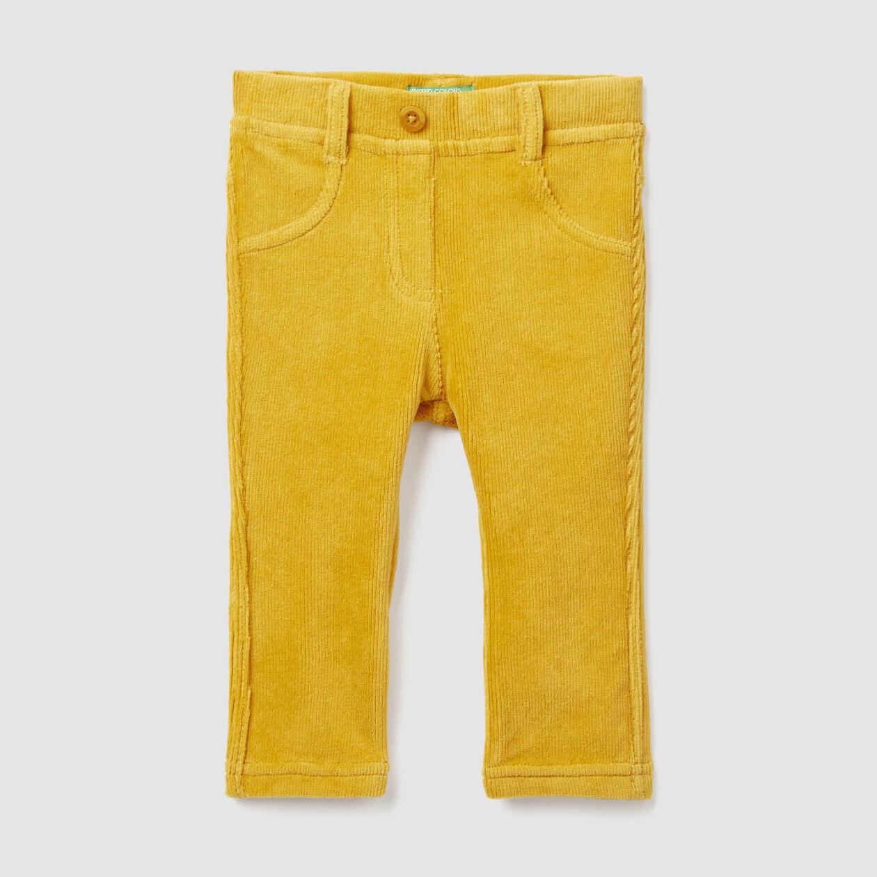 Pantaloni a costine stretch