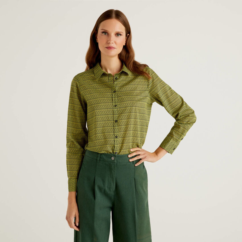 Camicia fantasia verde in 100% cotone