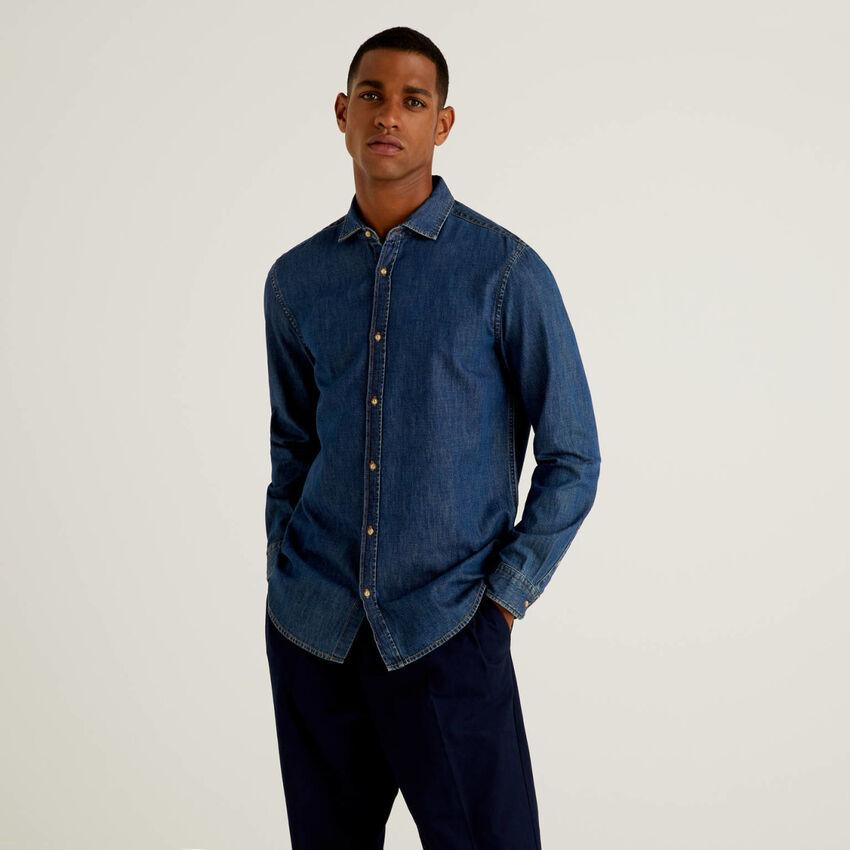 Camicia slim fit in jeans 100% cotone