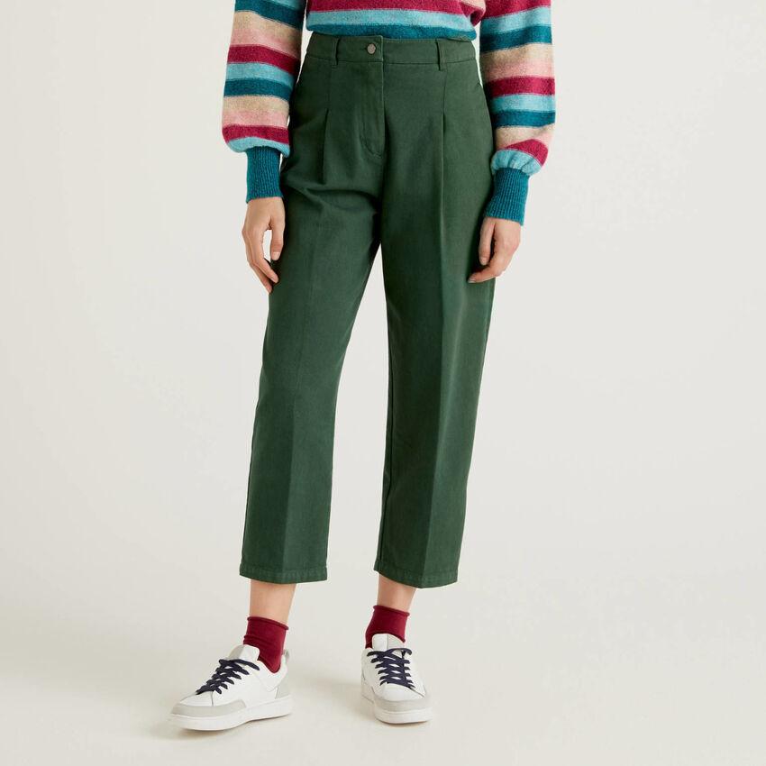 Pantaloni slouchy in 100% cotone