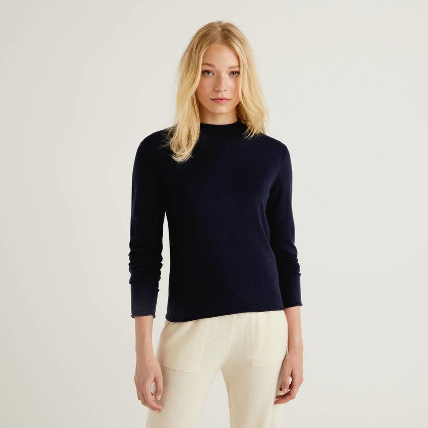 Lupetto blu scuro in misto lana e cashmere