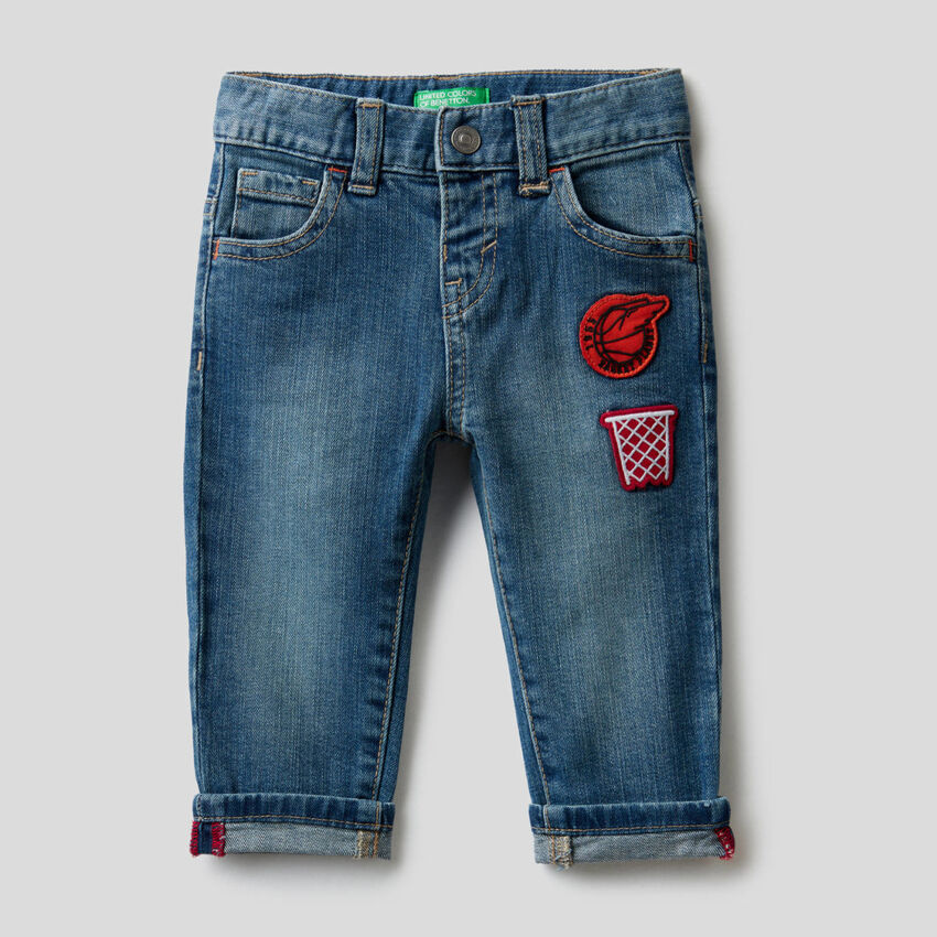 Jeans cinque tasche con patch