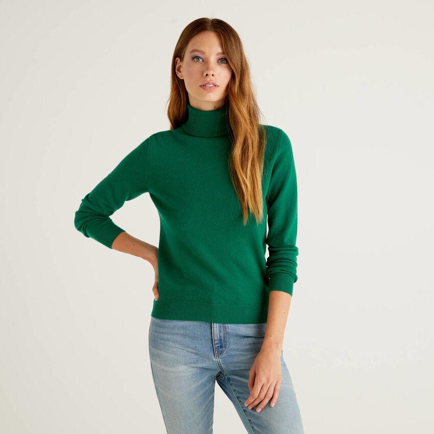 Maglione dolcevita verde scuro in pura lana vergine