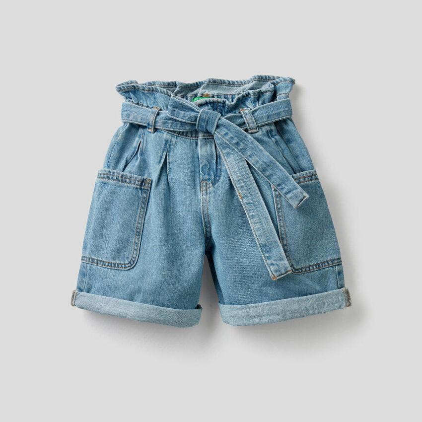 Shorts in denim di puro cotone