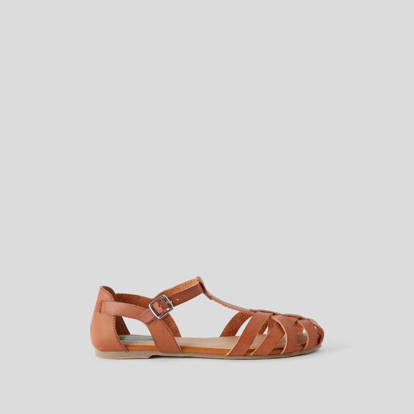 Sandali bassi intrecciati