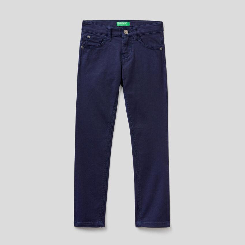 Pantaloni slim fit a cinque tasche