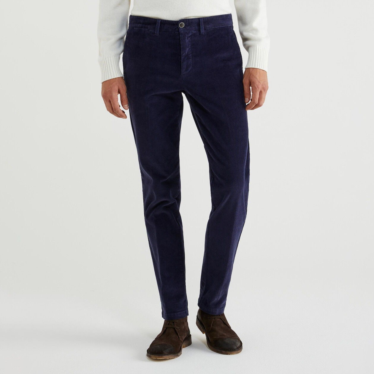 Pantaloni slim fit in velluto