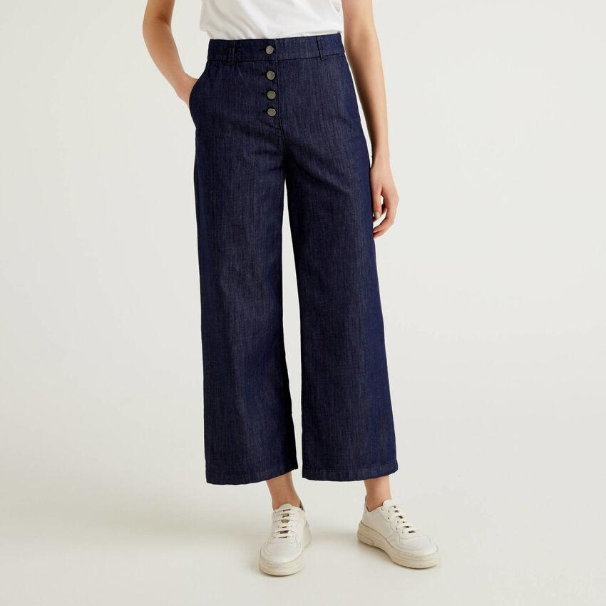 Pantaloni in jeans leggero