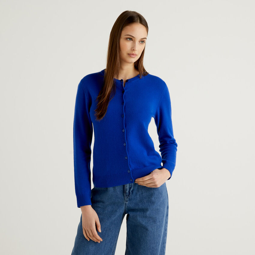 Cardigan girocollo bluette in pura lana vergine