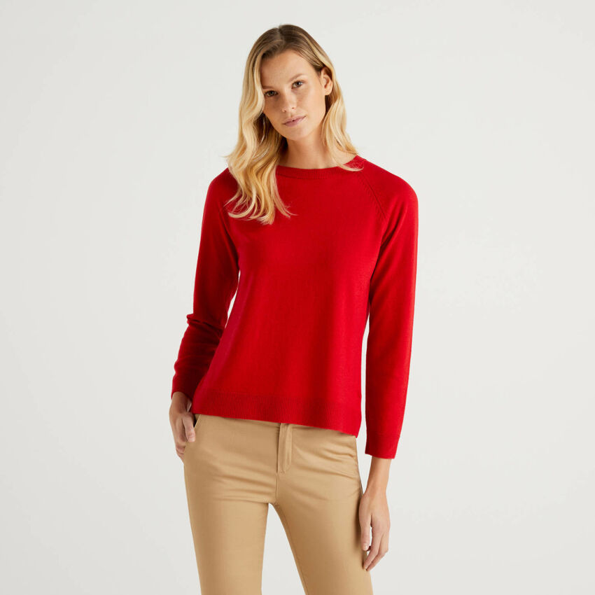 Maglia girocollo rossa in misto lana e cashmere
