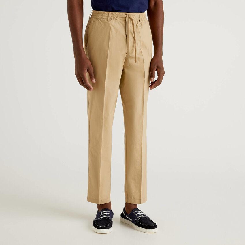 Pantaloni leggeri con coulisse