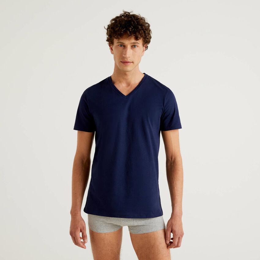 T-shirt 100% cotone con scollo a V