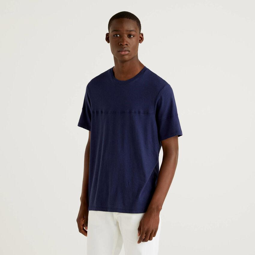 T-shirt tinta unita in misto lino