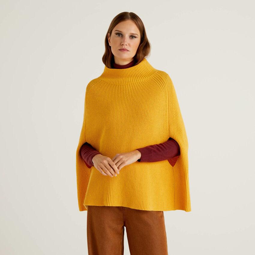 Poncho in soffice misto lana