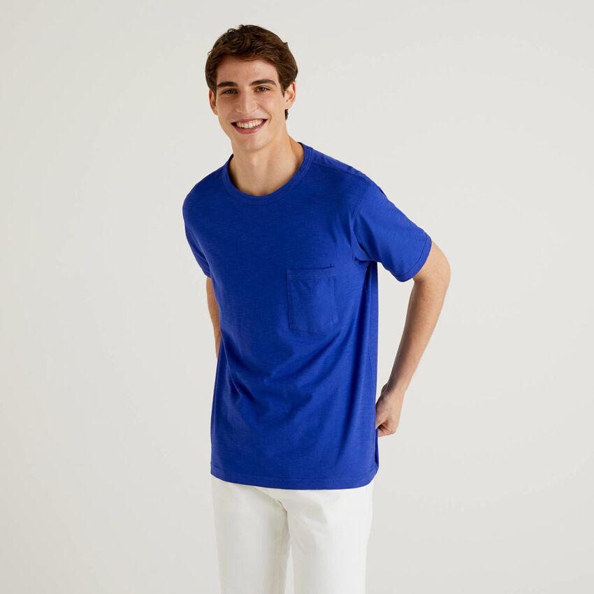 T-shirt in cotone con taschino