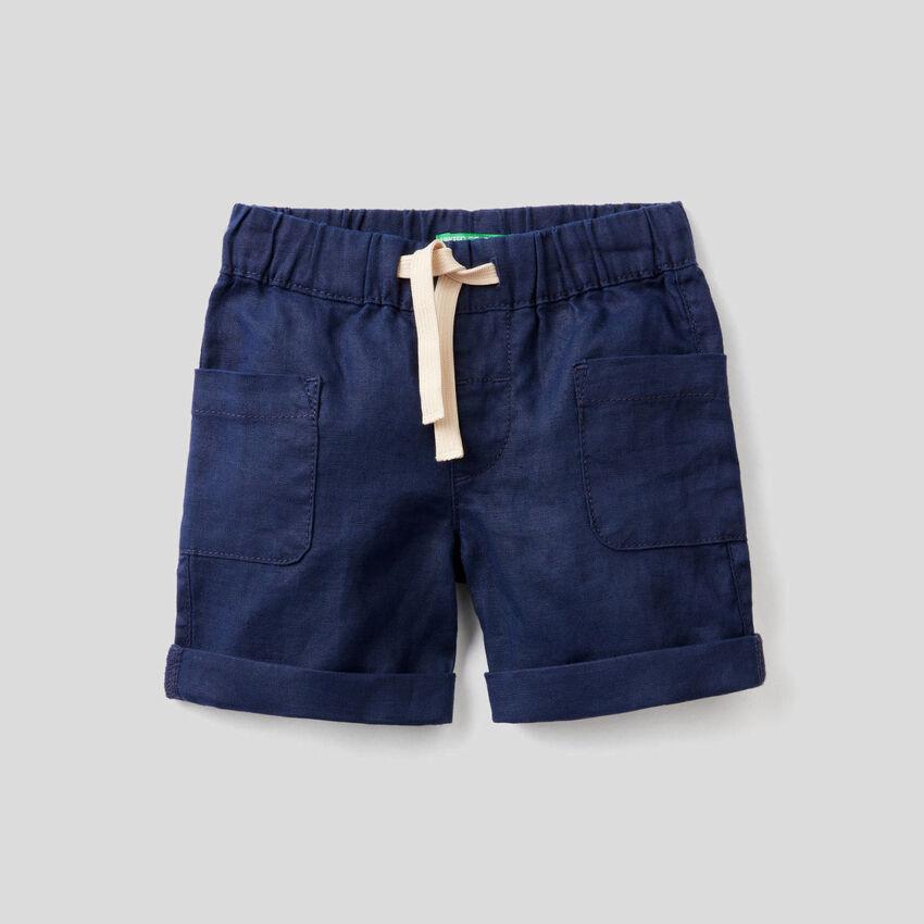 Pantaloni corti con coulisse