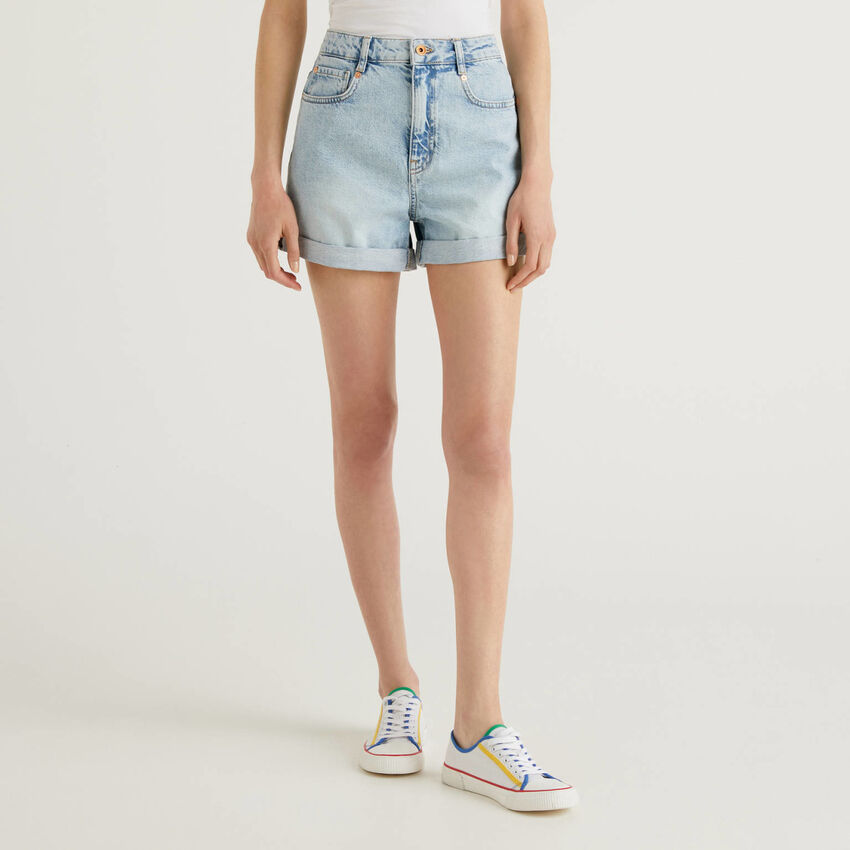 Shorts in jeans 100% cotone