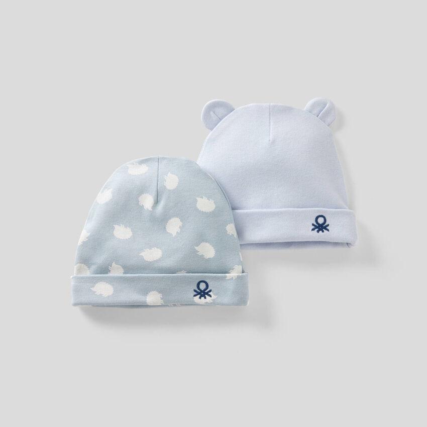 Due cappellini in 100% cotone biologico