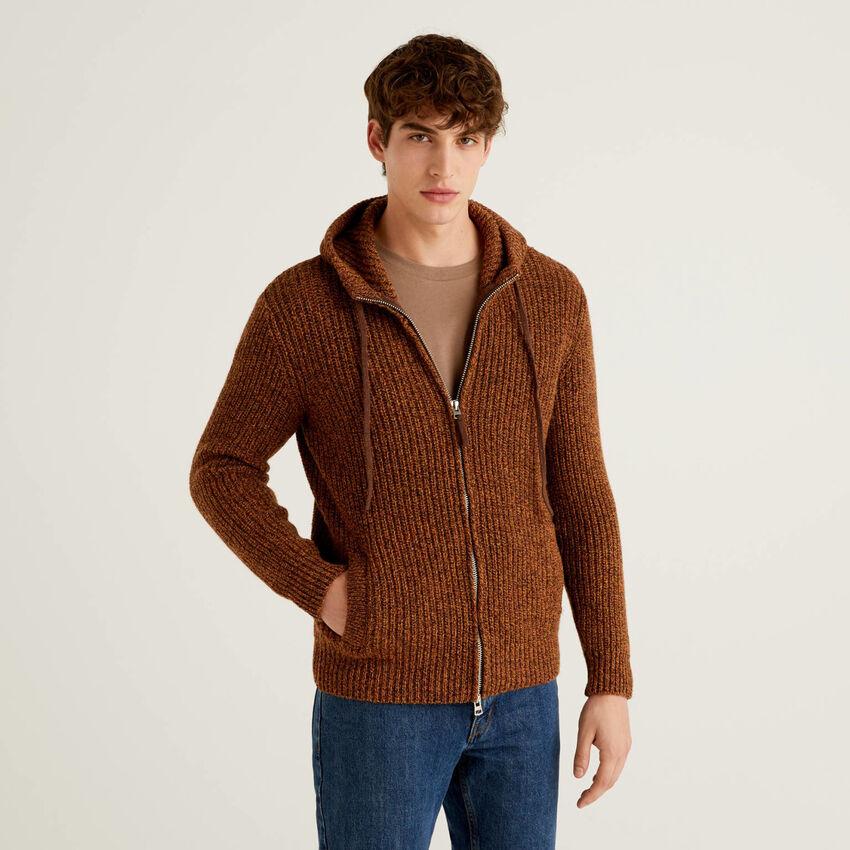 Maglia in lana Shetland con cappuccio