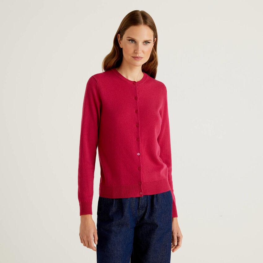 Cardigan girocollo ciclamino in pura lana vergine