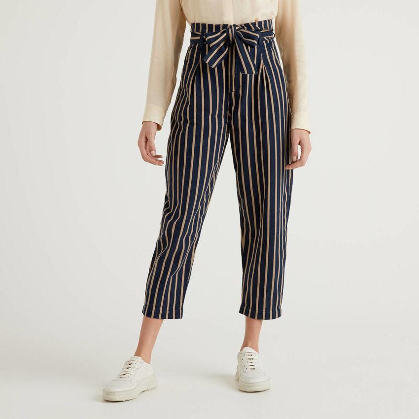Pantaloni a vita alta in 100% cotone