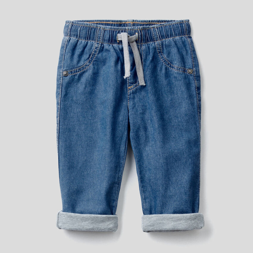 Pantaloni foderati in jeans leggero