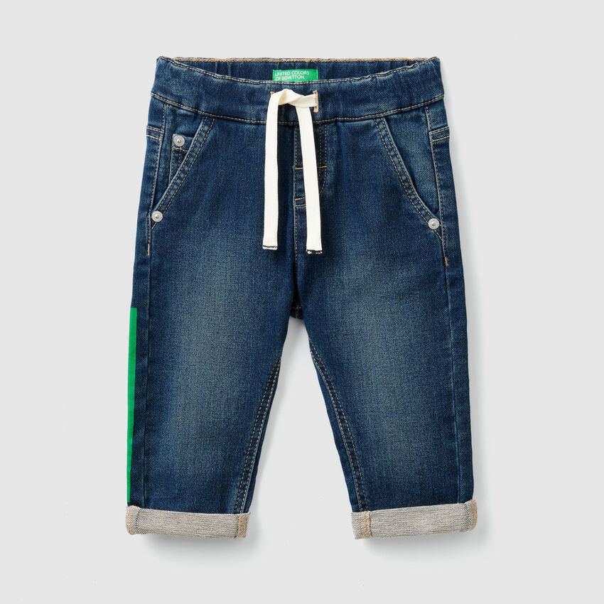 Jeans stretch con coulisse