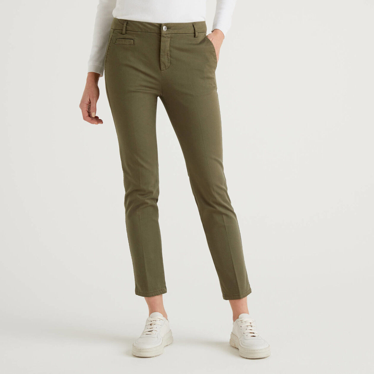 Chino slim fit in cotone verde militare