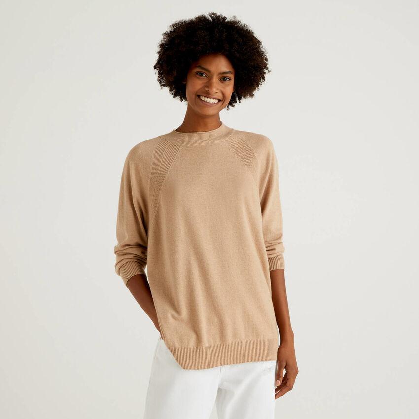 Maglia cammello in misto lana e cashmere