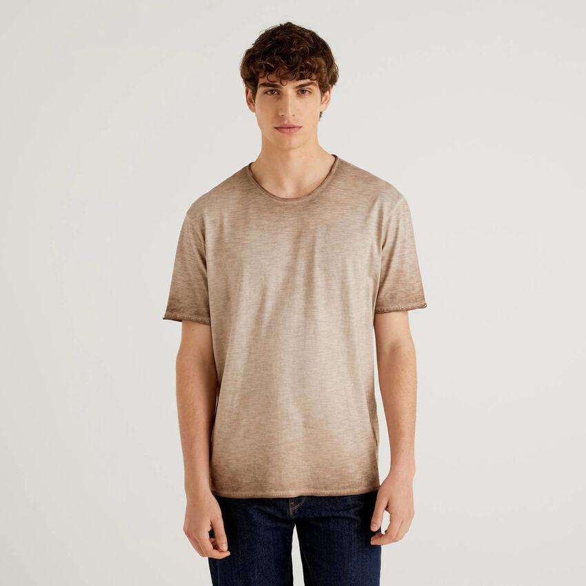T-shirt in cotone con effetto sfumato