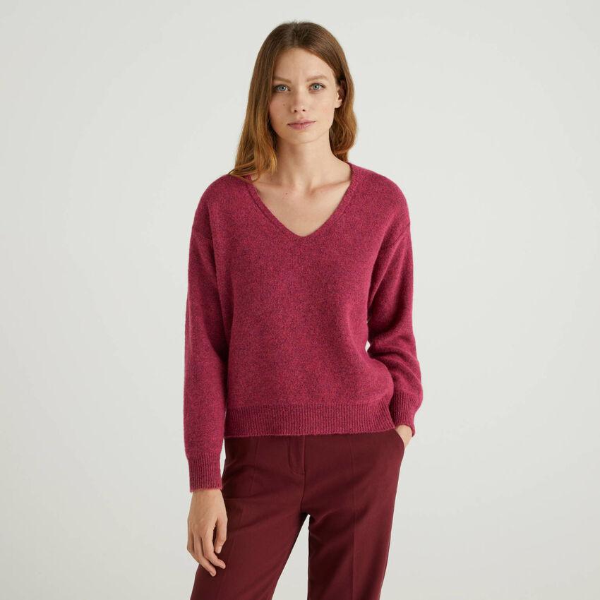 Maglia scollo a V in misto lana