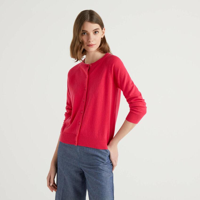 Cardigan girocollo ciclamino in misto lana e cashmere