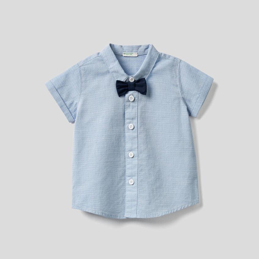 Camicia in puro cotone con papillon