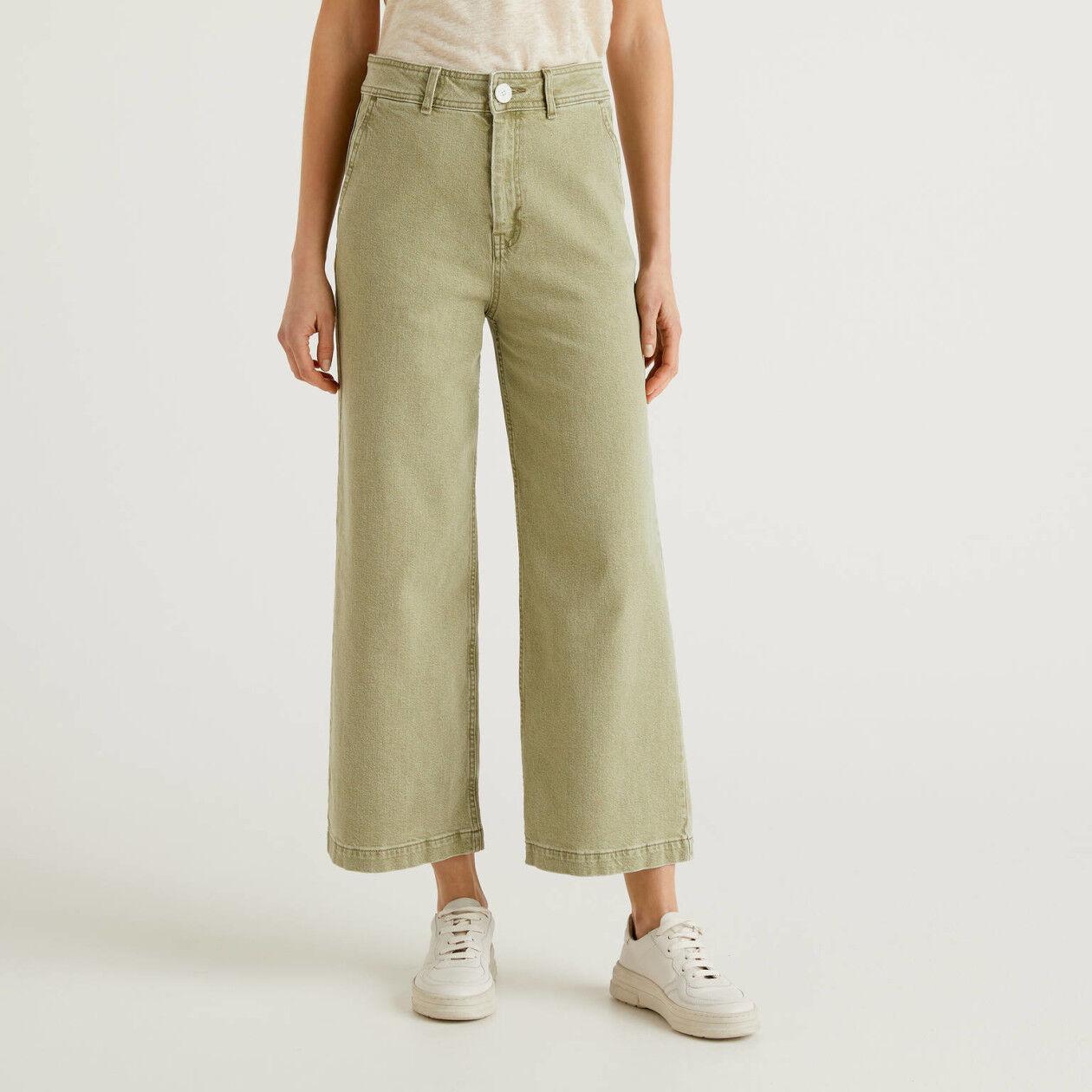 Jeans con gamba ampia