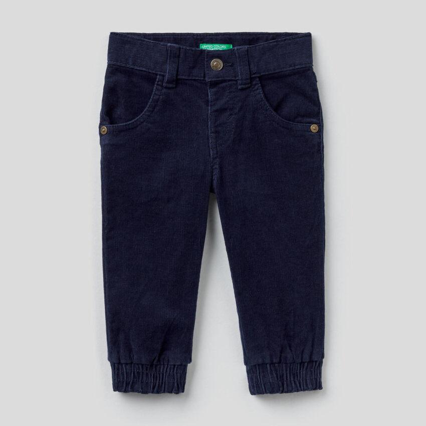 Pantaloni in velluto di cotone stretch