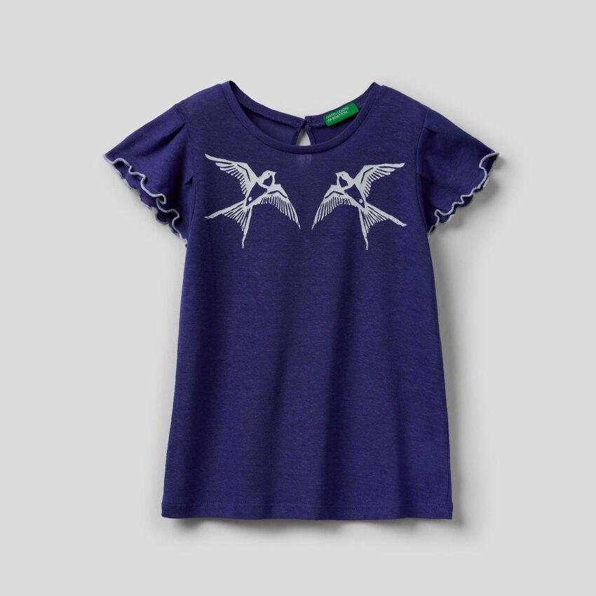 T-shirt con manica volant