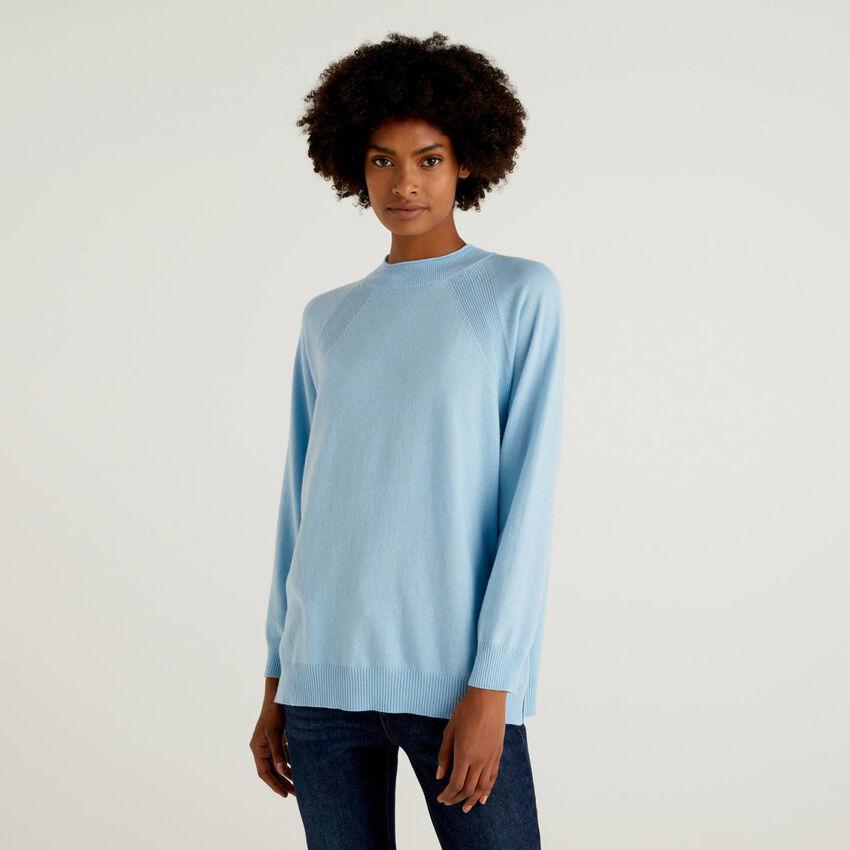 Maglia azzurra in misto lana e cashmere