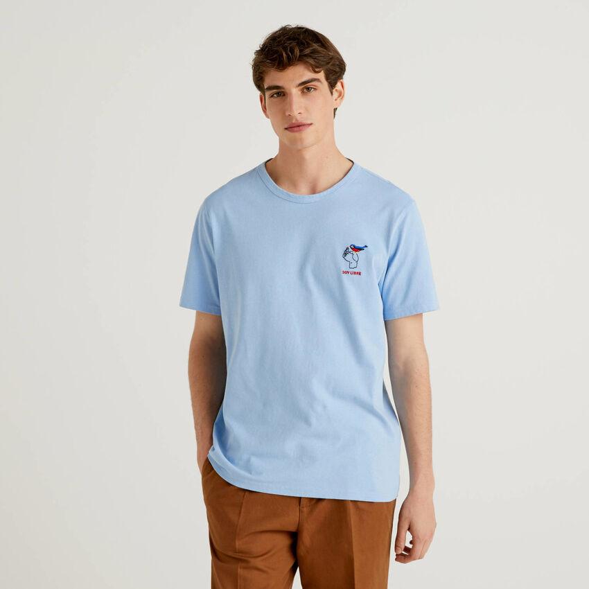 T-shirt in puro cotone con ricamo