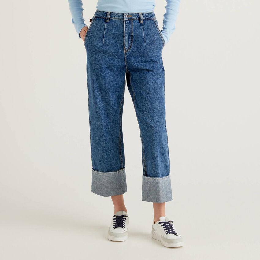 Jeans 100% cotone con maxi risvolto