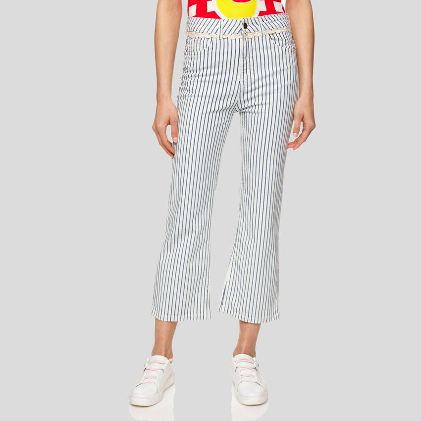 Jeans cropped a righe