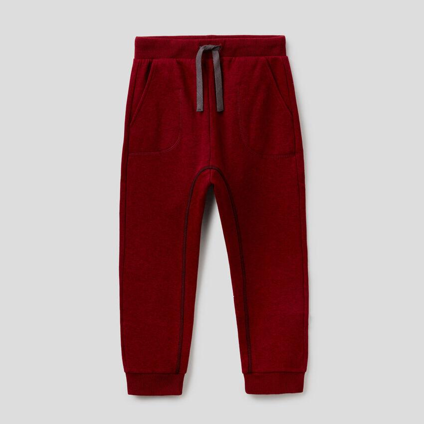 Pantaloni in felpa con cuciture a vista