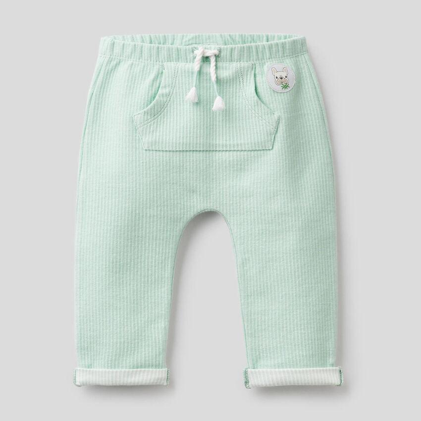 Pantaloni in tessuto rigato stretch